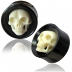 horn plug with bone skull