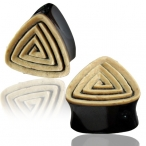 Coco shell ingraved horn triangle plug