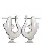 lizard pin earring (bone)
