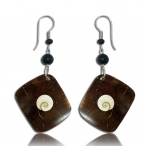 Coco-nut earring with shiva eye inlay
